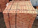 Кирпич фундаментный цокольный полнотелый Шахты-Державина 3 отв М125