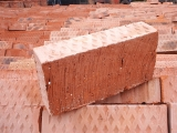 Кирпич фундаментный цокольный полнотелый Чернянка М150